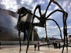 Maman installation at Guggenheim Bilbao, Spain. (c) GTH & Nathan DePetris