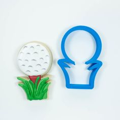 Our high-quality, printed golf ball cookie cutter comes in 4 sizes! Custom cookie cutters available for any occasion. Golf Cookies, Mother's Day Cookies, Mini Cookies, Flower Cookies, Cookies Et Biscuits, Sugar Cookies, Iced Biscuits, Fancy Cookies, Mini Cookie Cutters