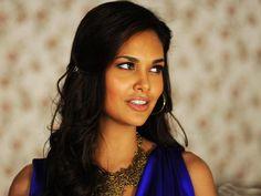 Vulnerability is a woman's strength: Esha Gupta