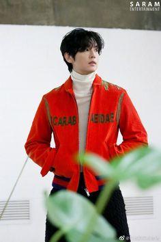 Kwon Yul, Korean Actors, Sari, Bts, Fashion, Saree, Moda, Fashion Styles, Fashion Illustrations