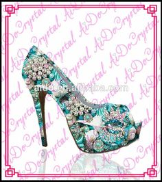 Price tracker and history of Aidocrystal Luxury design floral pattern  crystal high heel 9d84409e27c4