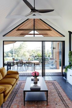 Modern Australian home with unusual roof and large veranda PUFIK Beautiful Interiors Online Magazine Australian Homes, Australian Country Houses, Australian Interior Design, Modern Country Houses, Australian Home Decor, Small Modern Cabin, Modern Houses, Shed Homes, Contemporary Architecture