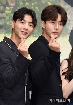 7 Bromantic photos of Ji Soo and Nam Joo Hyuk that give you life Ji Soo Nam Joo Hyuk, Ahn Jae Hyun, Lee Hyun Woo, Sung Kyung, Jong Hyuk, Lee Jong Suk, Asian Actors, Korean Actors, Celeb Bros