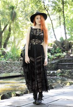 lace maxidress