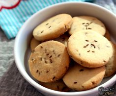 Sweet and salty cumin cookies, perfect with tea! Find the recipe on www.cookwithmanali.com