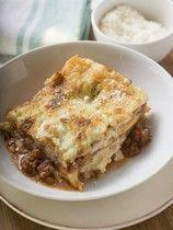 Klassische Hackfleisch-Lasagne mit Thymian und Bauchspeck | For me online…