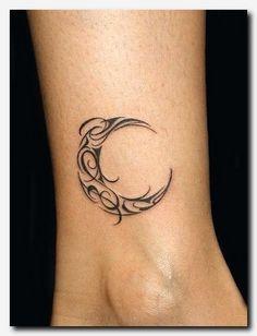 Resultado de imagen para tattoo diseños 3d luna