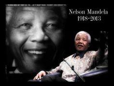 Hoy, 5 de diciembre, falleció Nelson Mandela, a los 95 años de edad. Siempre será recordado por su incansable lucha en contra de la discriminación racial. QEPD