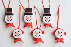 Χειροτέχνες εν δράσει...: DIY - Φτιάξτε χιονάνθρωπους με ρεσώ led-μπαταρίας!...
