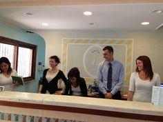 Paola, Anna Chiara, Elisabetta, Matteo e Laura vi aspettano 24 ore su 24 in reception!  Our staff from reception!
