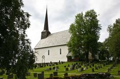 My mother's roots-via her Grandparents is this parish in Norway, near Sparbu.  Maere kirke!