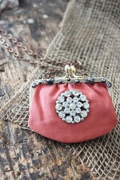 Art Takes A Village, a non-profit public charity that focuses on providing therapeutic art programs for all ages through out San Diego County. Vintage Gloves, Vintage Purses, Vintage Bags, Vintage Handbags, Fabric Jewelry, Jewelry Art, Vintage Jewelry, Cute Coin Purse, Coin Bag