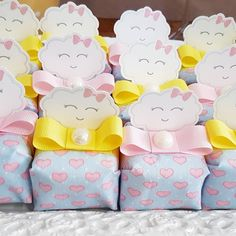 Baby Shower Balloons, Baby Shower Cakes, Baby Event, Baby Shawer, Wedding Gift Boxes, Unicorn Party, Shower Party, Holidays And Events, Christening