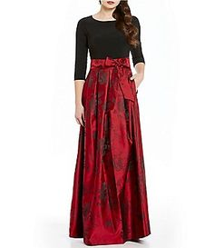 Jessica Howard 3/4 Sleeve Floral Printed Ballgown