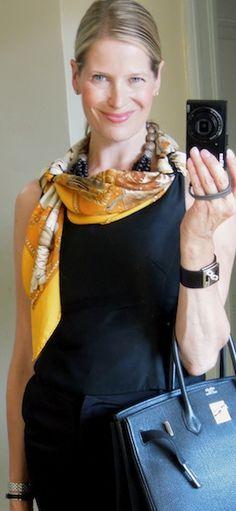 'La Presentation de Chevaux' Hermès scarf in a drape knot