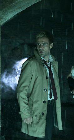 Constantine (TV Series Matt Ryan as John Constantine Constantine Tv Series, Matt Ryan Constantine, Constantine Hellblazer, Cw Tv Series, Movies And Series, Johnny Bravo, King Shark, Sci Fi Tv Shows, Justice League Dark
