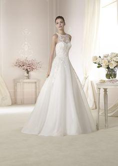 Brautkleid Dantoine aus der White One Brautmoden Kollektion 2015 :: bridal dress from the 2015 collection by white one.