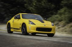 The 2018 Nissan 370Z Heritage Edition features a host of fresh aesthetic touches