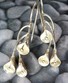 Sterling Silver Calla Lily Earrings by LBofMetal.etsy.com