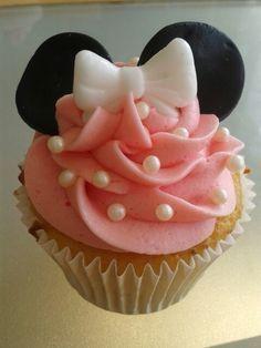 Minnie mouse cupcake for Georgia's birthday