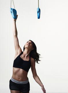 Ce soutien gorge sport PANACHE offre un maintien exceptionnel jusqu'au bonnet H : existe en blanc et en noir. www.lingerie-sport.com Bougez en toute liberté ! ... #lingeriesport #grandetaille #bonnetsprofonds