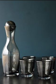Grey Glass Houston Decanter With 4 Glasses