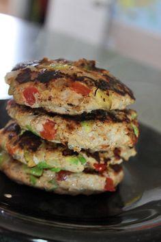 Fun way to get your avocado in! Guac-Turkey Burgers Only 4 PointsPlus/150 calories per burg! http://greenlitebites.com/2014/07/08/guac-turkey-burgers/