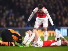 Arsene Wenger: 'Gabriel Paulista, Per Mertesacker available'
