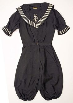 Wool sailor-style bathing suit, American (jumper without skirt), 1905-08.