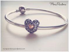 The Pandora LE Vintage Heart.