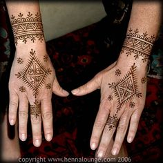 Moroccan style henna
