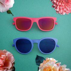 Porque el amor no entiende de edades...POLAROID KIDS #sunoptica #gafas #sunglasses #gafasdesol #occhiali #occhialidasole #sunnies #sunnieseyewear #shades #style #gafaspolarizadas #polaroid #polaroidkids #moda #tendencias #fashion #optica #eyewear #instagood #instaglasses #iloveglasses #gafasnuevas #gafasmolonas