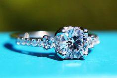luxury vintage diamond rings | Diamond: PLATINUM - Round Diamond Engagement Ring - 1.35 carats - halo ...