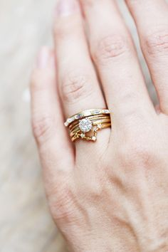 Check out that little constallation ring! We have them for every zodiac; and they pair great with the rest of your simple staples.