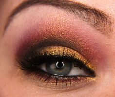 Christmas make up - with tutorial. I love this one too!!