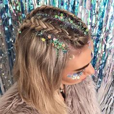 "3,526 Likes, 88 Comments - THE GYPSY SHRINE (@thegypsyshrine) on Instagram: ""✨HAPPY FRIDAY✨ Glitter braids we created on @jessicaharland_ ✨✨ Using our UNICORN GLITTER✨ Back…"""