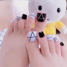 Gel Toe Nails, Simple Toe Nails, Pretty Toe Nails, Cute Toe Nails, Summer Toe Nails, Feet Nails, Pedicure Nails, Toe Nail Art, Nail Nail
