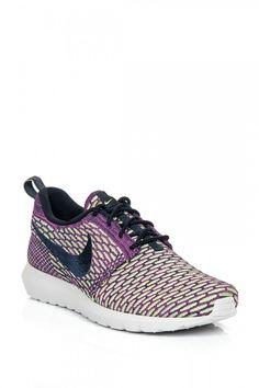 Nike Nike Roshe Run Drk Obsdn/Drk Obsdn Fchs Flsh Ayakkabı ile tarzını ve şıklığını tamamla, modayı keşfet. Birbirinden güzel Spor Ayakkabı modelleri Lidyana.com'da!