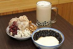 White Food, Taiwan, Deserts, Ice Cream, Pudding, Sweets, Recipes, Drinks, Black