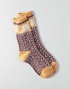 AEO Snowflake Crew Socks, Burgundy | American Eagle Outfitters