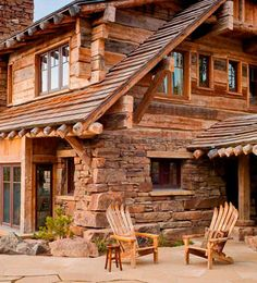 12 Real Log Cabin Homes – Take A Virtual Tour – Architecture Log Cabin Living, Log Cabin Homes, Log Cabins, Cabins In The Woods, House In The Woods, Cabins And Cottages, Style At Home, My Dream Home, Dream Homes