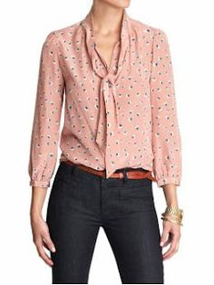 Love this Blouse  From Hart of Dixie show.