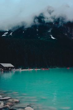 Banff National Park is one of the best things to do in Alberta Canada! Lake Louise is world famous for its beautiful turquoise glacier water! Cool Places To Visit, Places To Travel, Travel Destinations, Toronto Canada, Alberta Travel, Banff Alberta Canada, Lake Louise Alberta Canada, Patagonia, Exploration