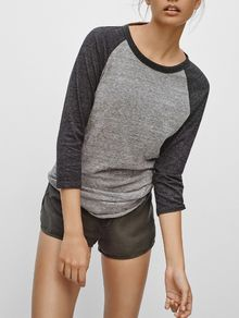 Contrast Sleeve Round Neck T-shirt