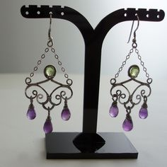 Mother's earrings - Peridot wedding collection | JewelryLessons.com