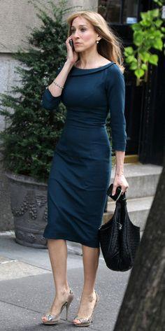 Sarah Jessica Parker (Handbags) - she's got an amazing figure!!