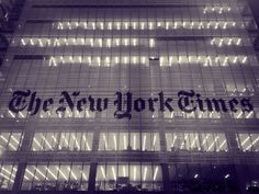 Content Marketing Lessons from the New York Times Innovation Report – iDesignPixel New York Times, Ny Times, Political Spectrum, Content Marketing, Media Marketing, Deep Thoughts, Innovation, Classroom, How To Get