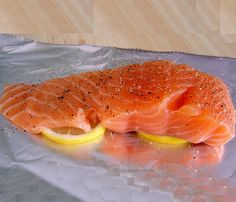 Dukan Diet Attack Phase Recipe - Oven Baked Salmon Fillet   thedukandietsite.com