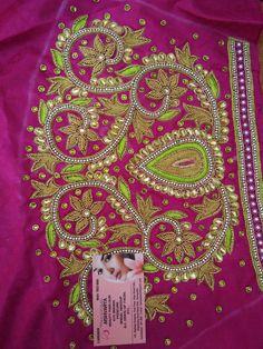 Saree Kuchu Designs, Wedding Saree Blouse Designs, Best Blouse Designs, Simple Blouse Designs, Embroidery Neck Designs, Aari Embroidery, Embroidery Stitches, Hand Work Blouse Design, Maggam Work Designs
