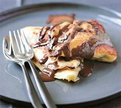 Gundel's walnut and chocolate pancakes